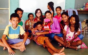 volunteer and students at Community Project Cambodia