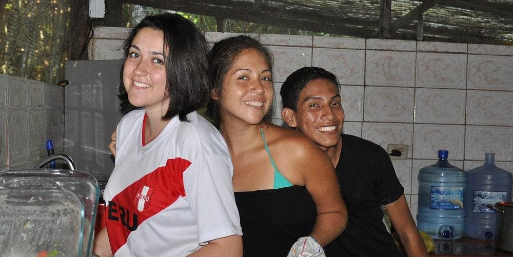 volunteers at the Peru Amazon Wildlife sanctuary