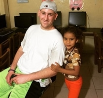 Volunteering with kids in Colombia