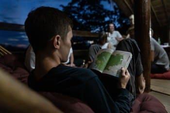 Keep a travel journal when volunteering