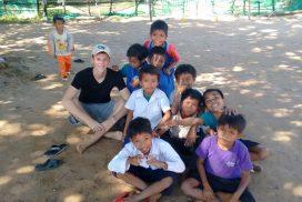 Volunteer kids sports program