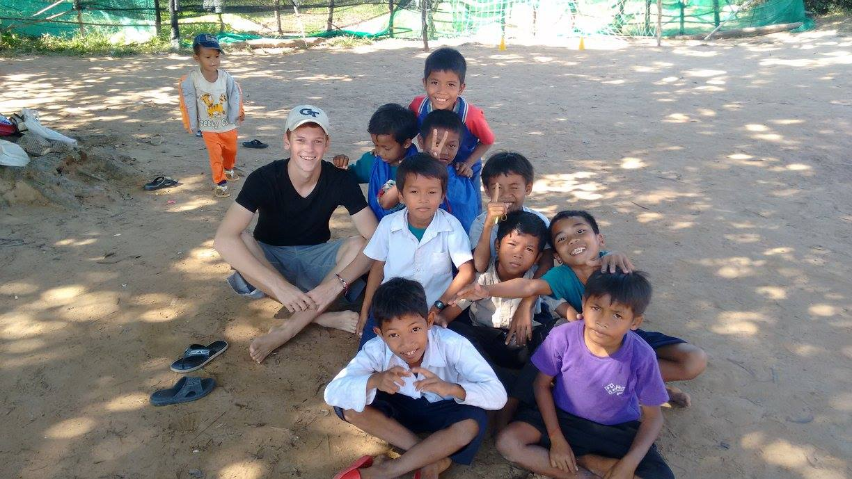 Volunteer Kids Sports Cambodia