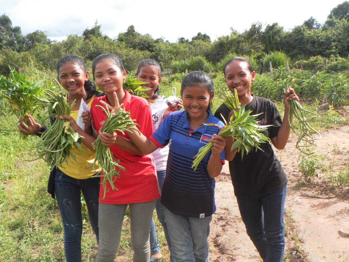 Providing students nutrition Cambodia